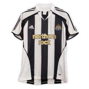 Camisa Retrô Newcastle United 05/06 Home
